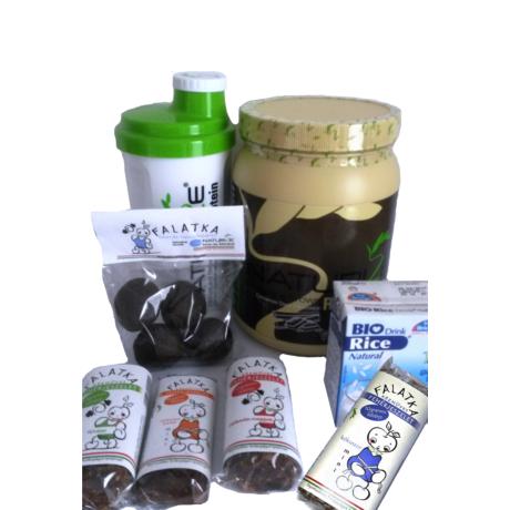 Teljes csomag - Fahéjas fekete csoki ízű Naturize + mindenből egy, 1500 Ft megtakarítás!