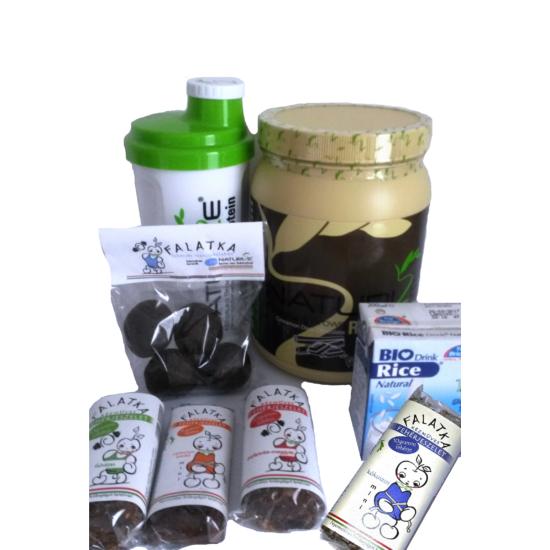 Teljes csomag - Fahéjas fekete csoki ízű Naturize + mindenből egy (1500 Ft kedvezmény)